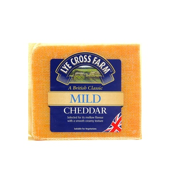 Lye Cross Farm Mild Coloured Cheddar Cheese 200g