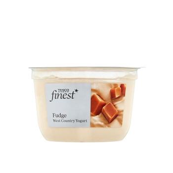 Tesco Finest Fudge Yogurt 150g