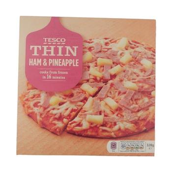 Tesco Thin Ham & Pinenaple Pizza (Pork) 328g
