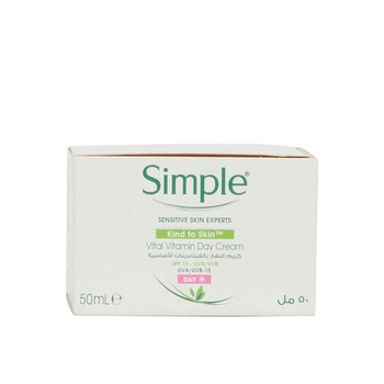 Simple KIND TO SKIN Vital Vitamin Day Cream SPF15 50 ml