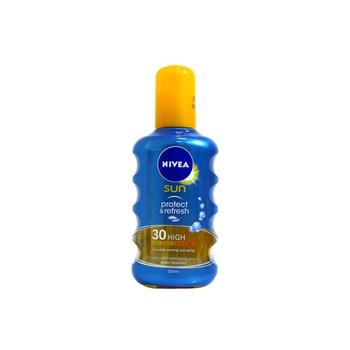 Nivea Sun Protect & Refresh Invisible Cooling Sun Spray SPF30 200ml