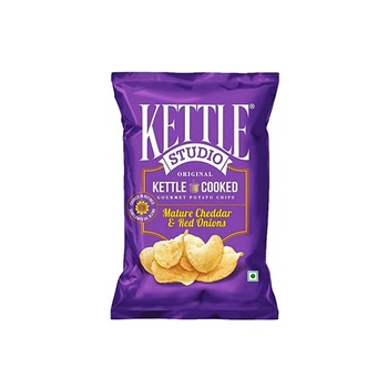 Kettle Studio Mature Cheddar and Red Onions 47g