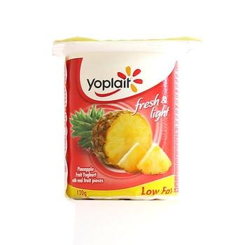 Yoplait Fresh Yoghurt Pineapple Low Fat 120g