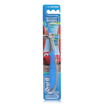 Oral B Pro Expert Stages Disney Princess Toothbrush, 5-7 Years