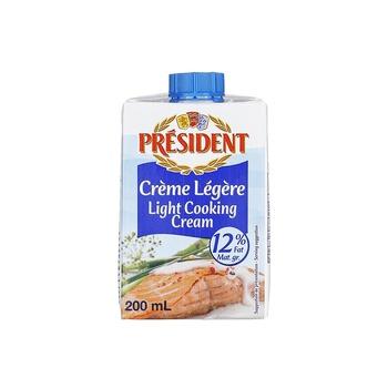 President Uht Light Cream @15% Fat  200g
